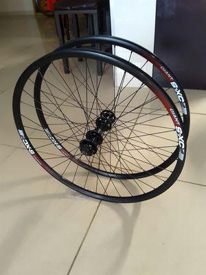 Photo Giant S-XC29er Mountain Bike/Disc Wheels. ( ETRTO : 622x19 ) New Condition.