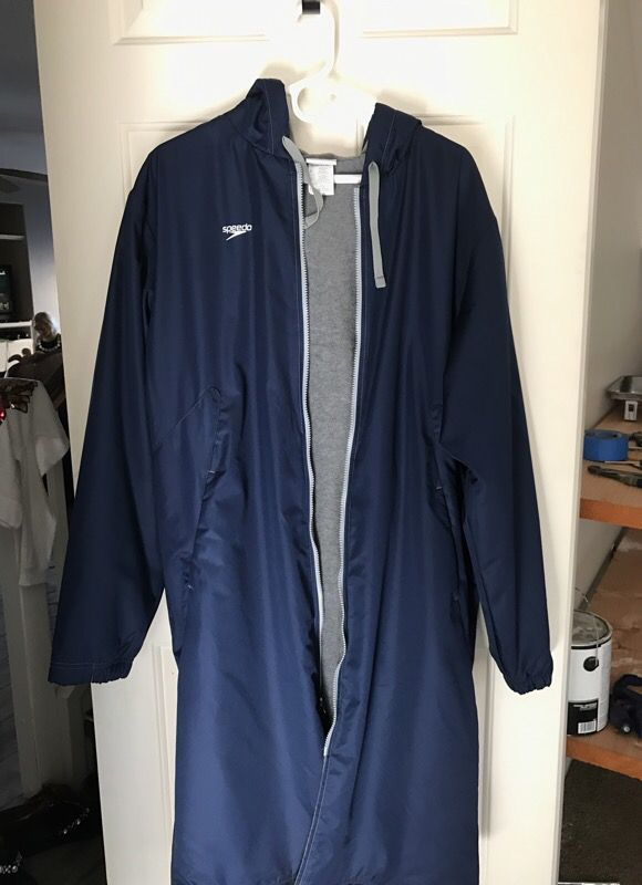 Speedo Swim Parka Large For Sale In Murrieta Ca Offerup