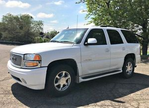 2003 GMC Yukon Denali XL - PARTS - PARTS - PARTS - MESSAGE OR TEXT FOR PRICES for Sale in Hialeah, FL