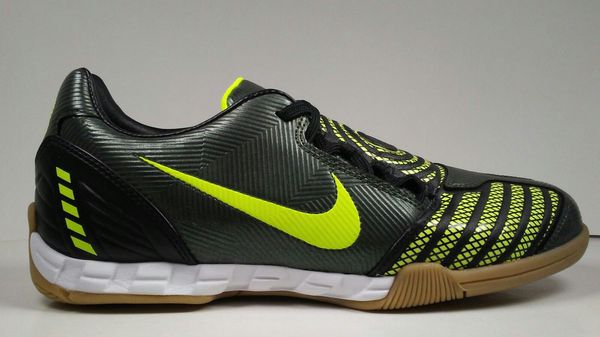 694e2daa7 2007 Nike Total90 Shoot ll IC 318884-371 Mens Indoor Soccer Shoes Size 8