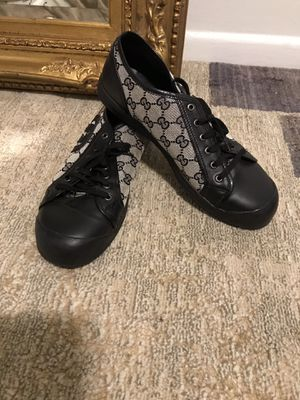 Authentic Gucci shoes for Sale in Falls Church, VA