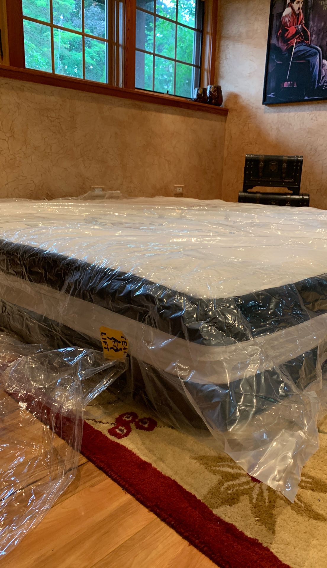 "12"" foam and pocket spring mattress, king size"