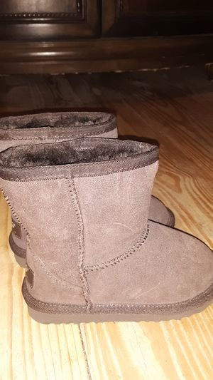 ef876cf0c37 New and Used Toddler ugg boots for Sale in Orlando, FL - OfferUp