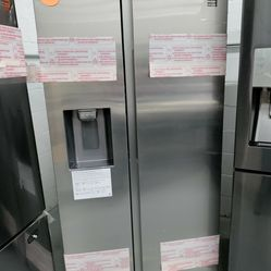 Samsung Side By Side Refrigerator 36' Wide, New Scratch And Dent Thumbnail