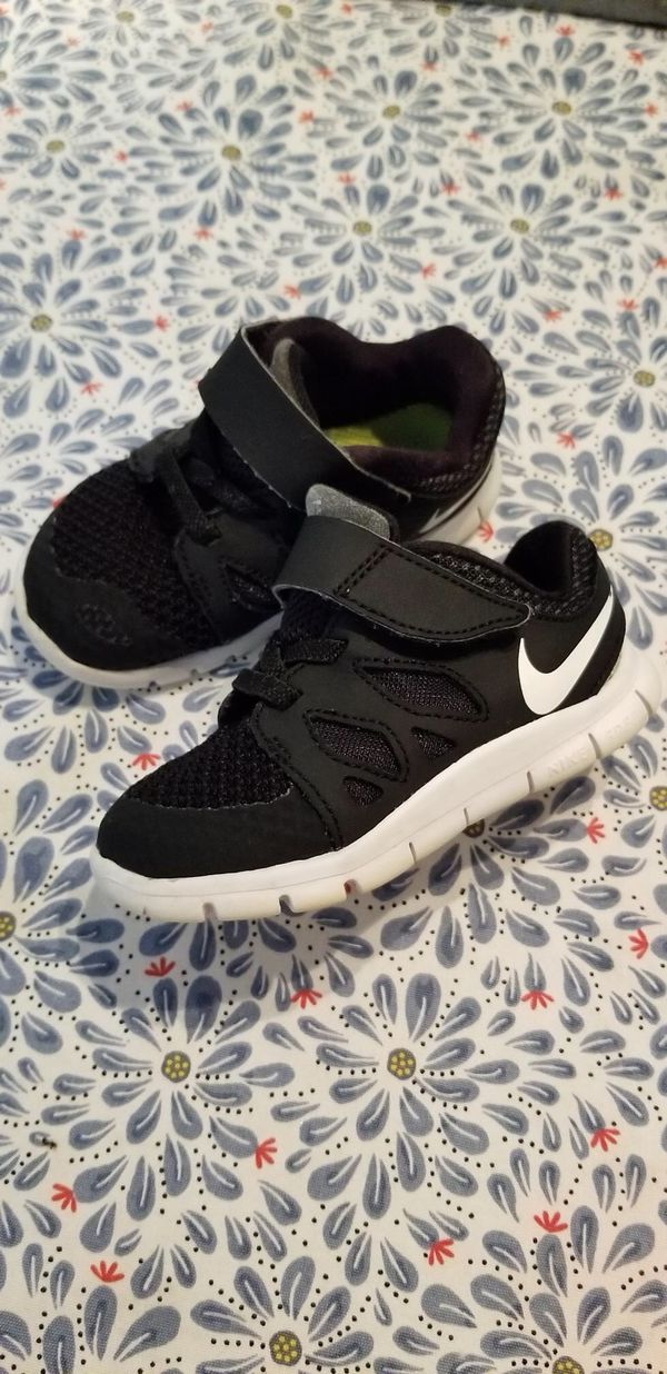 378d75668c Toddlers Nike shoes size 6C (Baby & Kids) in Miami, FL - OfferUp