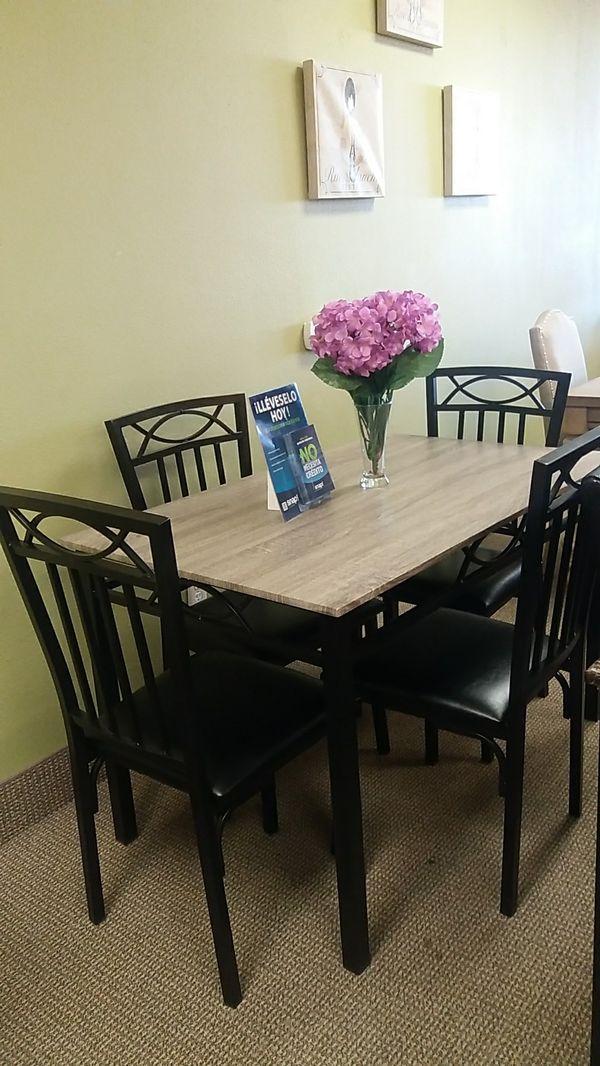 5 pc dining table on sale for sale in las vegas nv offerup. Black Bedroom Furniture Sets. Home Design Ideas