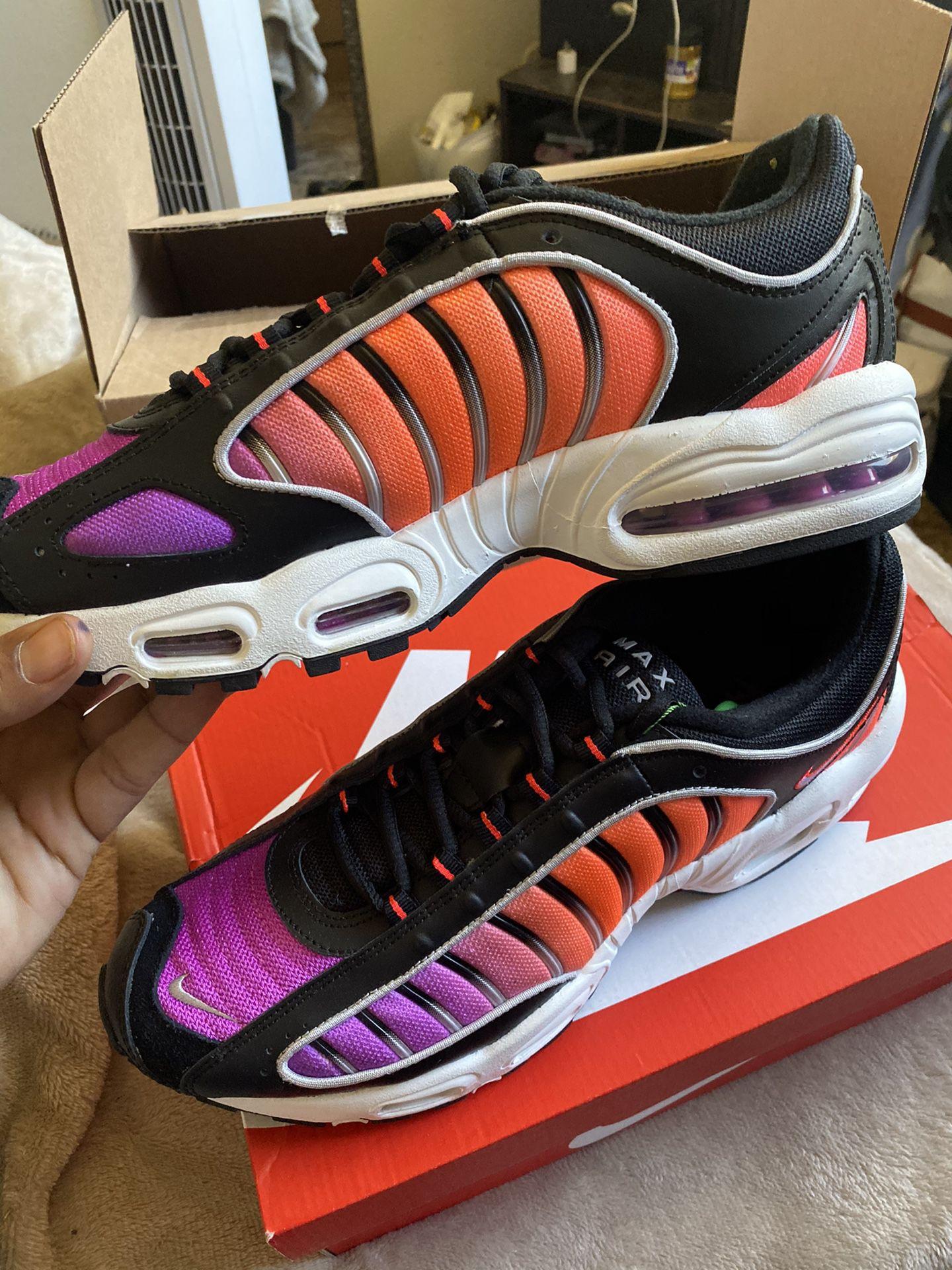 Nike Tailwind Suns Size 11