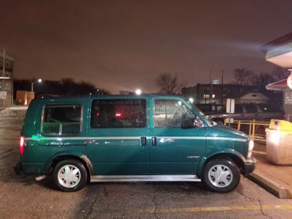 Chevy Astro Van Runs Like A Champ Normal Ware On The
