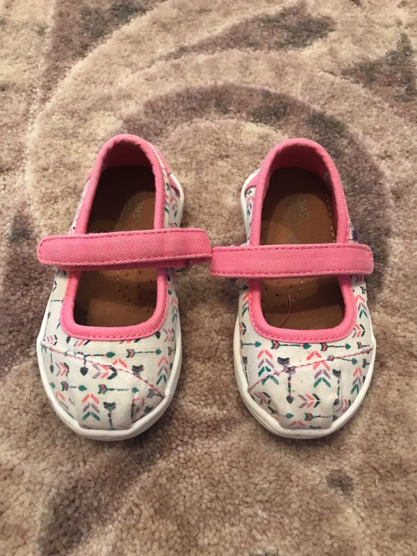 06167ebf5b4 Tiny Toms Mary Jane size 5 Toddler for Sale in Killeen
