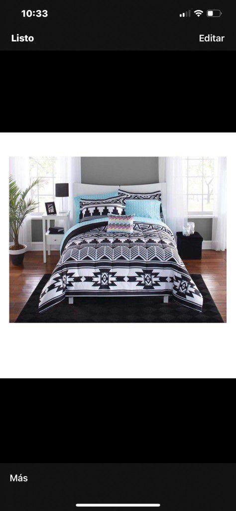 8 Pieces Comforter