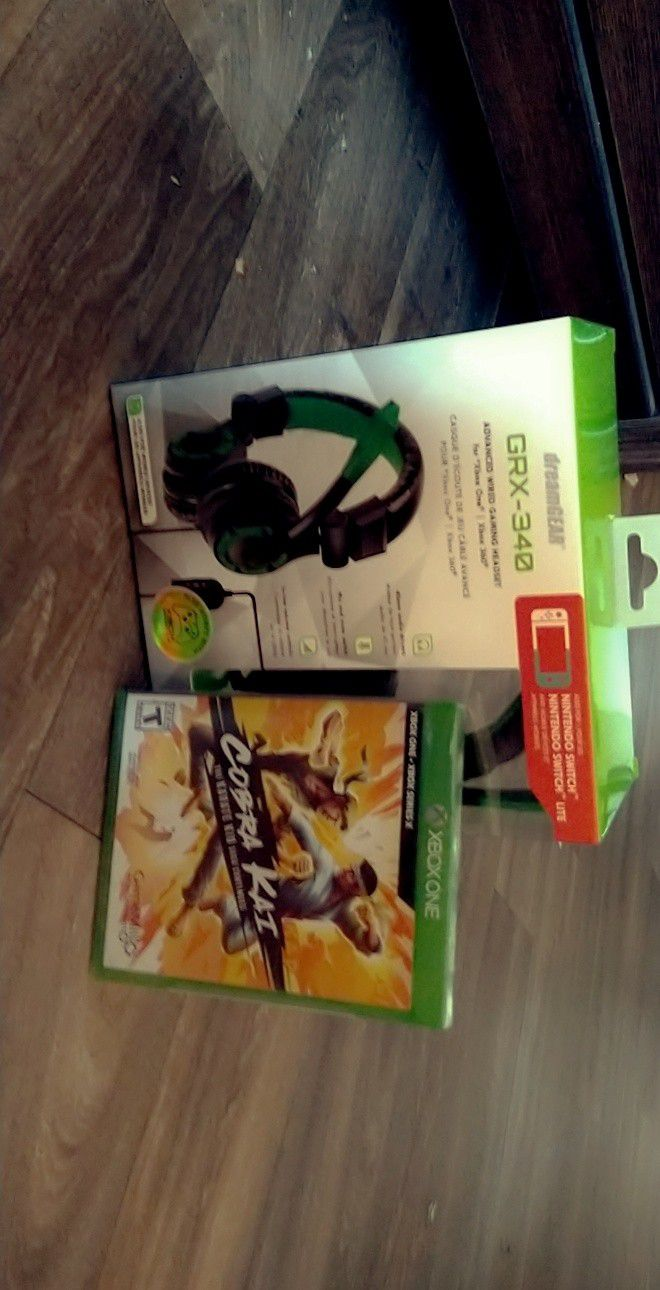 Gaming Headset And Game
