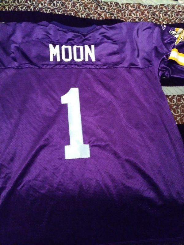the best attitude 9f7f4 86e17 Reebok Nfl Warren Moon Vikings Jersey for Sale in Charlotte, NC - OfferUp