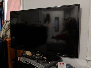 Samsung 44 inch Smart Tv for Sale in New York, NY