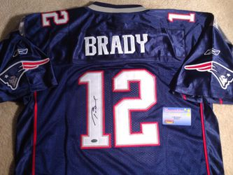 Tom Brady Autographed jersey mounted memories COA for Sale in ...