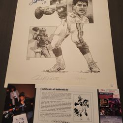 Miami Dolphins great Dan Marino signed 16 X 20 black-and-white lithograph  Thumbnail