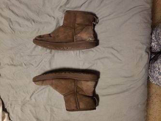 Ugg Boots, Size 10, Classic Mini, Chocolate Brown Thumbnail