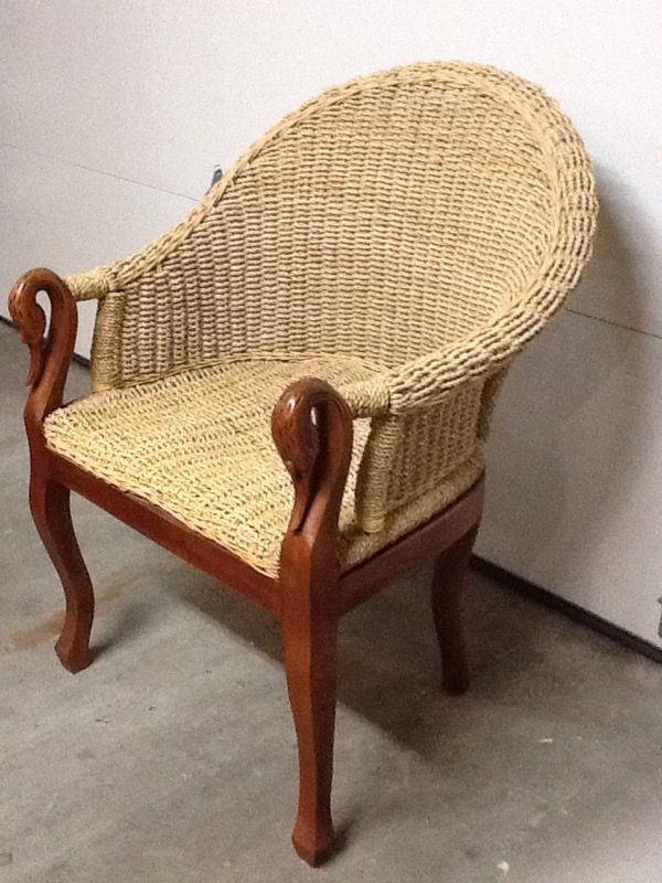Designer Rattan Chair With Carved Swan Arms Furniture In Sammamish Wa Offerup