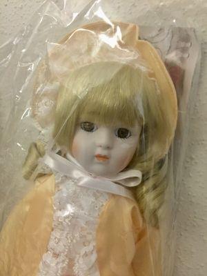 1988 1989 The Heritage Mint Ltd Rebecca D-32 America's dolls for Sale in Houston, TX
