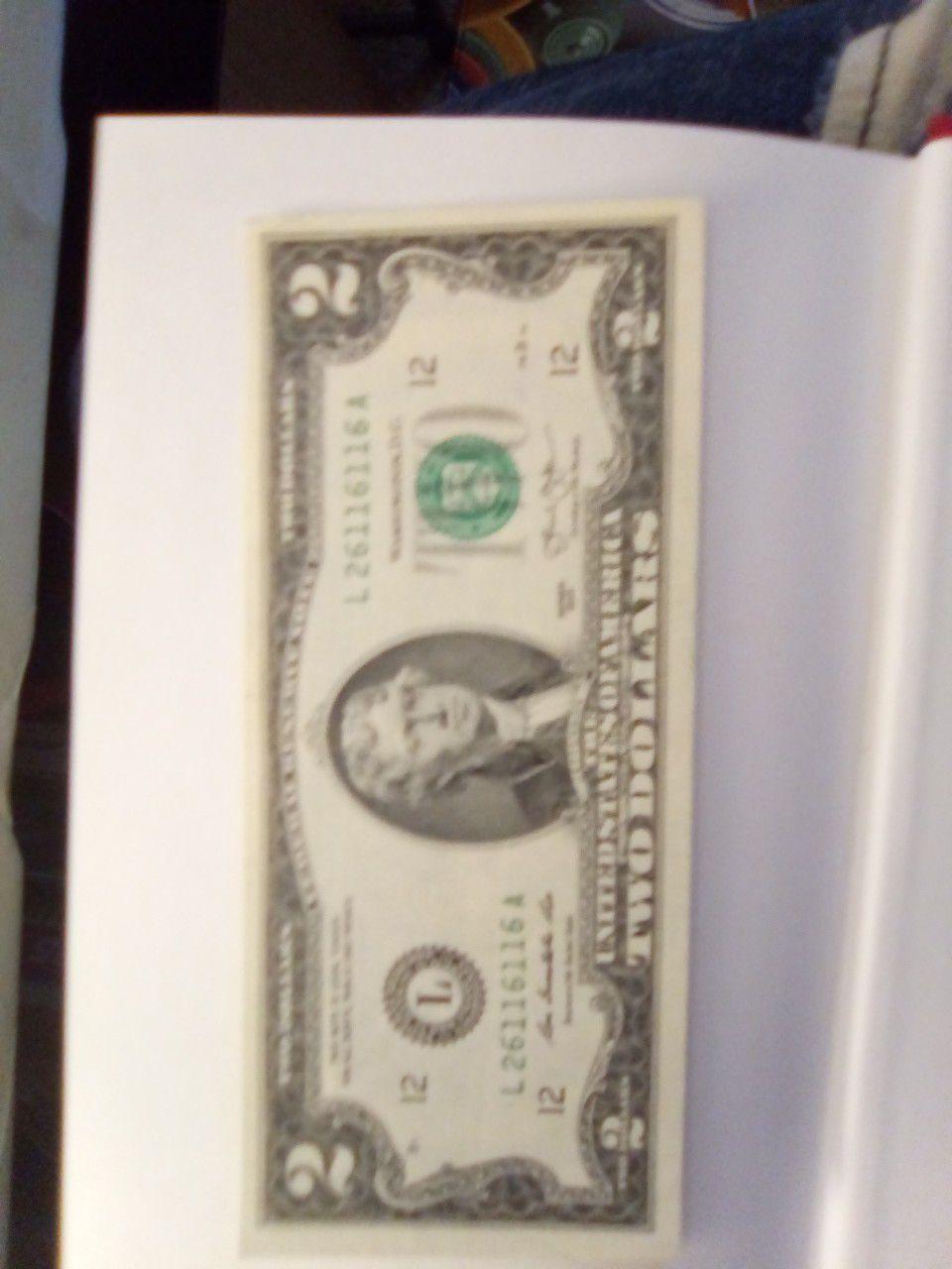 2013 series $2 Bill serial number note