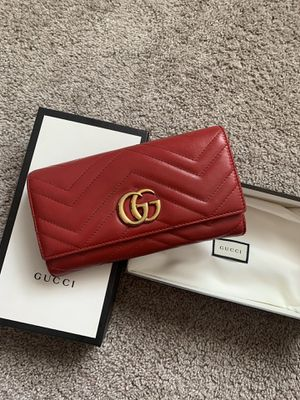775db38a038 New and Used Gucci wallet for Sale in Edmonds