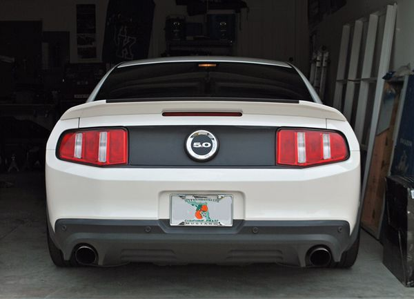 Selling Back Tail Lights For 2012 Mustang For Sale In Coachella Ca