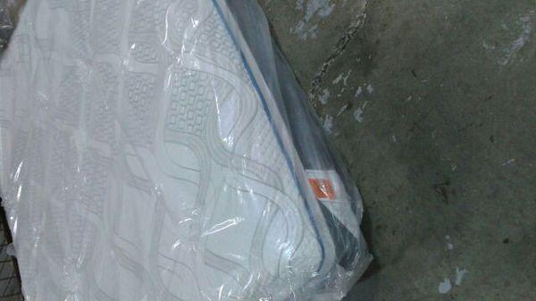 Sealy Posturepedic Hybrid Elite Kingsthorne Mattress