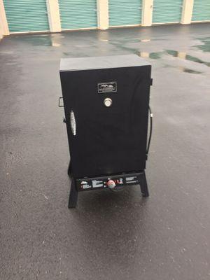 Propane smoker 💨 for Sale in Atlanta, GA