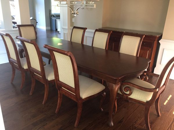 Surprising Dining Room Table Dining Chairs Thomasville Furniture King Street Collection For Sale In Alpharetta Ga Offerup Download Free Architecture Designs Madebymaigaardcom