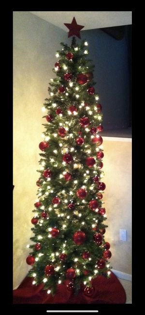 Tall Slim Christmas Tree.Tall Slim Pre Lit Christmas Tree For Sale In Milford Ct Offerup