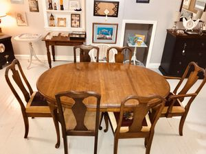 Solid wood walnut dining table 6 chairs set for Sale in Kensington, MD