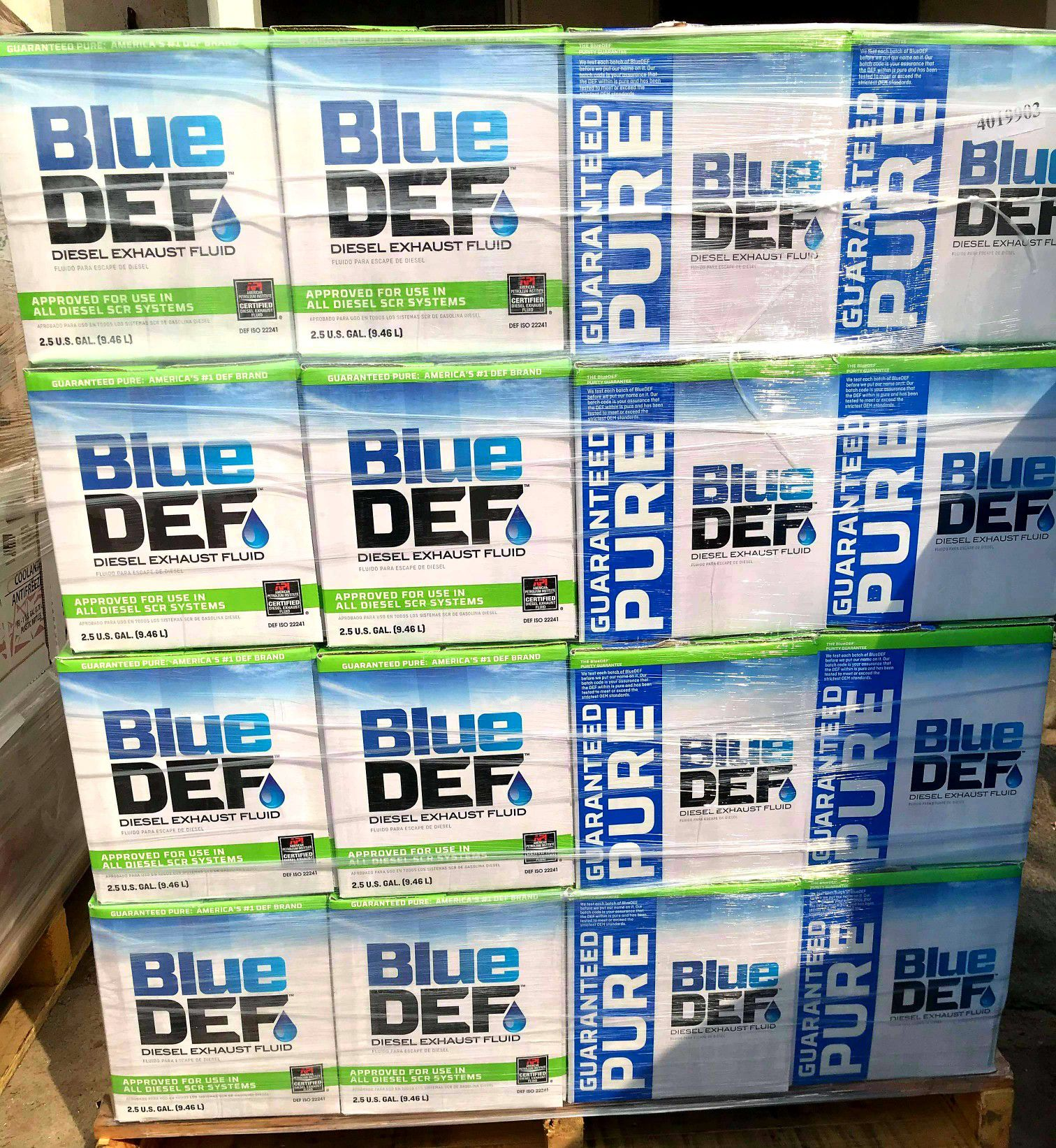 Blue DEF 2.5 galones