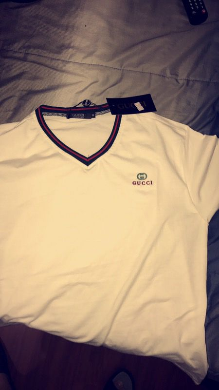 f71825fe6bf New and Used Gucci shirt for Sale in Palmetto Bay