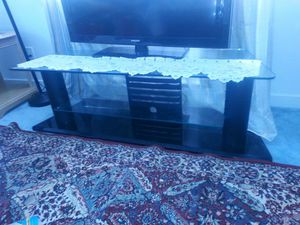 Glass tv stand like new for Sale in Richmond, VA