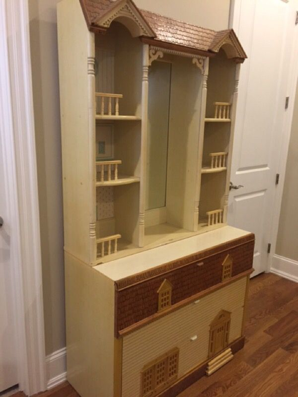 Vintage Girl\'s Dollhouse Twin Bedroom Set for Sale in Cary, NC - OfferUp
