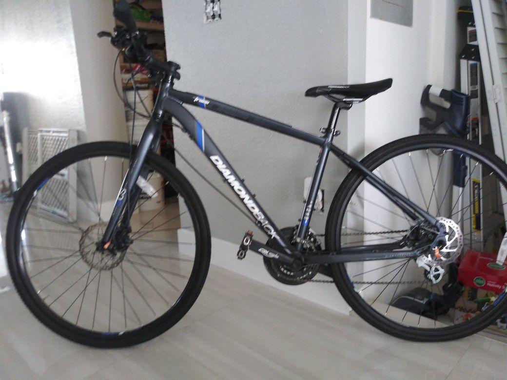 Bicicleta profesional Dinnamon Nueva no uso