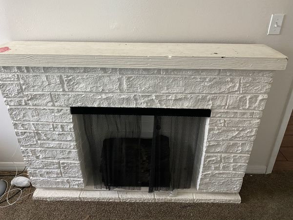 White plug in fireplace for Sale in Spring Hill, FL - OfferUp