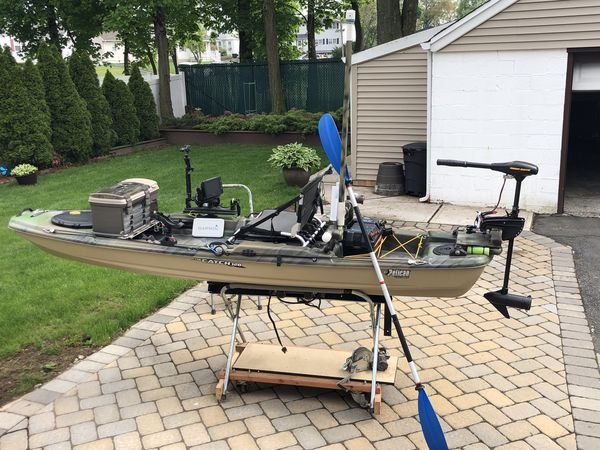 Fishing kayak Pelican catch 120 for Sale for Sale in Clifton, NJ - OfferUp