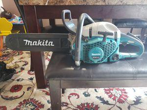 Moto sierra makita for Sale in Springfield, VA