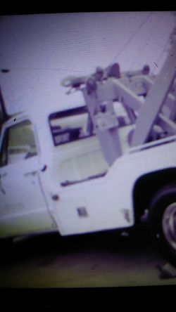 69 chevy 400 h. Corevette motor with lots of extras Thumbnail