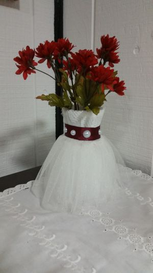 Wedding dress vase for Sale in Chicago, IL