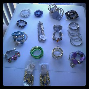 Beautiful Bracelets Lot , excellent condition ( price for All ) ... for Sale in Frederick, MD