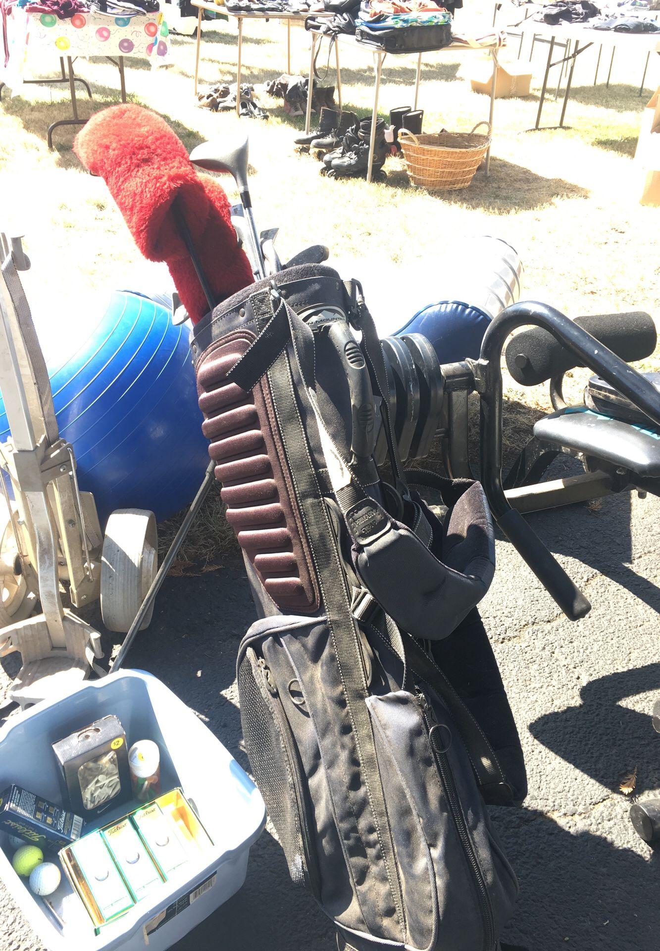 Wilson golf clubs with bag