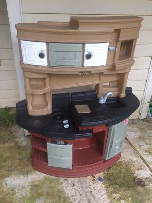 Toy kitchen - full size for Sale in Gaithersburg, MD