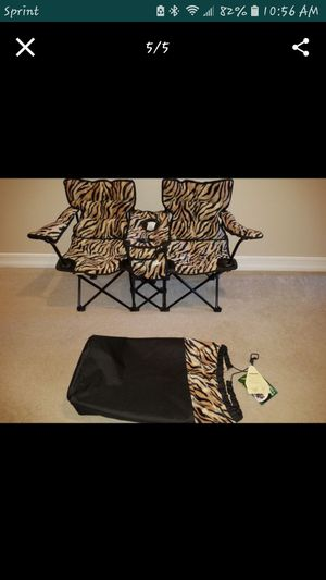 KIDS CHAIR FOR 2 for Sale in Oxnard, CA