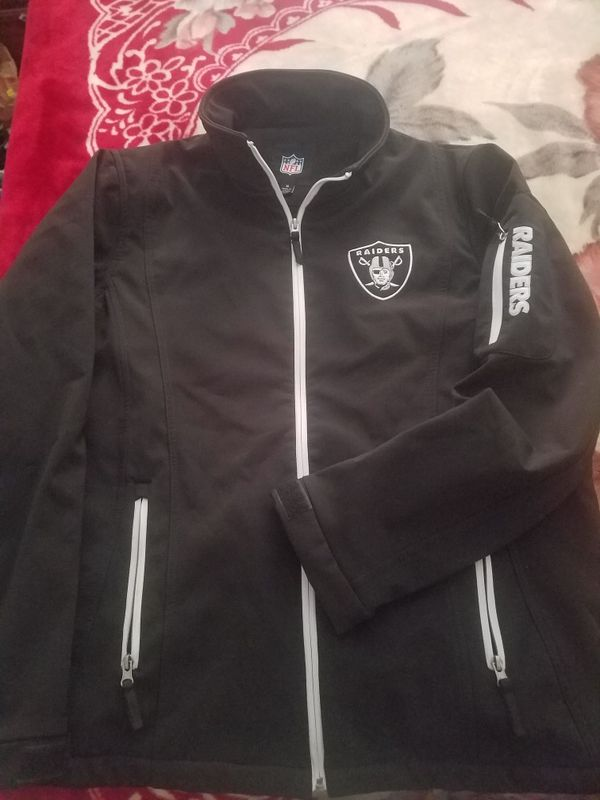 premium selection cb613 1f410 Raiders Windbreaker Jacket for Sale in Lakewood, WA - OfferUp