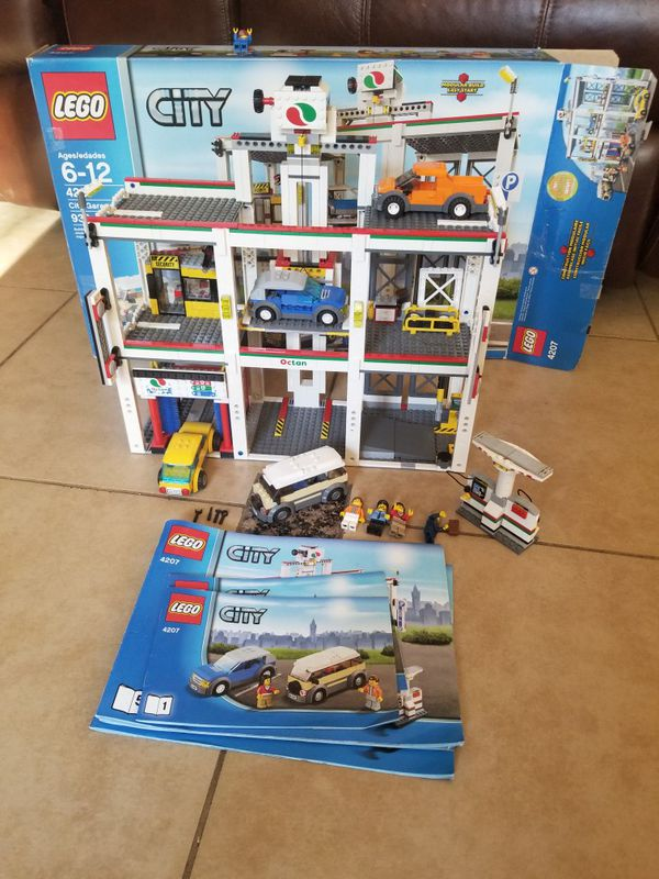 Beautiful Lego City Car Garage Set Very Playable Has Elevator That