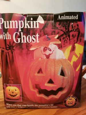 Halloween animated pumkin/ghost for Sale in Centreville, VA