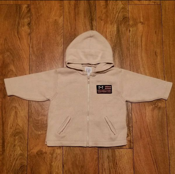 485bf13201d5 Baby Gap 6-12m Zip Up Hooded Sweater for Sale in Gardendale