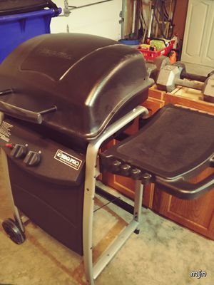 BBQ-PRO dual burner gas grill for Sale in Frederick, MD