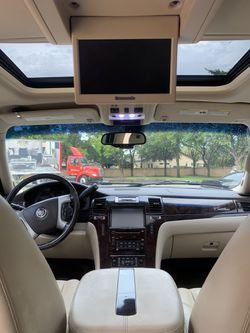 2007 Cadillac Escalade Thumbnail